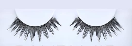 The Huda beauty lashes Classic Lash Candy #5