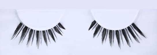 Huda beauty eyelashes Classic Lash Monique #3