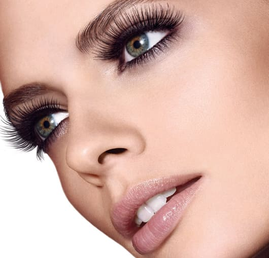 Huda beauty eyelashes 3
