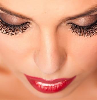 eyelashes azlo 2