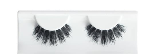 koko false eyelashes Risque