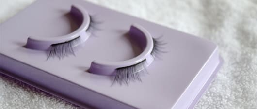 Urban Decay eyelashes review