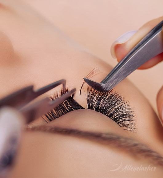 Eyelash Extensions: The Process