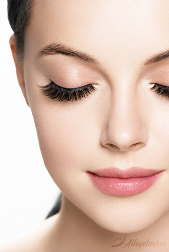 Types of False Eyelashes: All You Need to Know